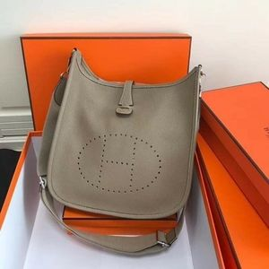 Hermes Evelyn Shoulder bag